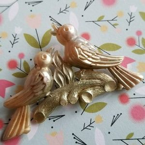 Vintage Love Birds brooch early plastic moonglow